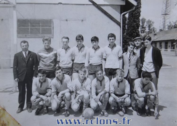 https://www.rclons.fr/wp-content/uploads/2021/05/Cadets-1965-1966.jpg