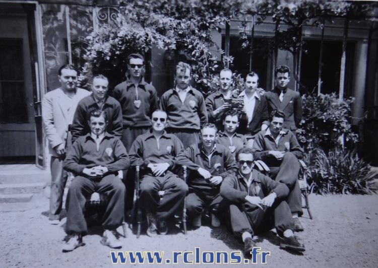 https://www.rclons.fr/wp-content/uploads/2021/05/Equipe-A-1952-1953.jpg