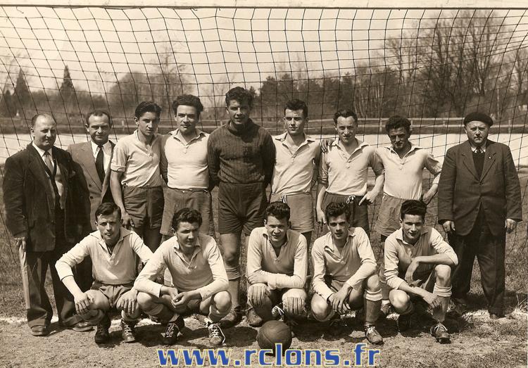 https://www.rclons.fr/wp-content/uploads/2021/05/Equipe-B-1953-1954.jpg