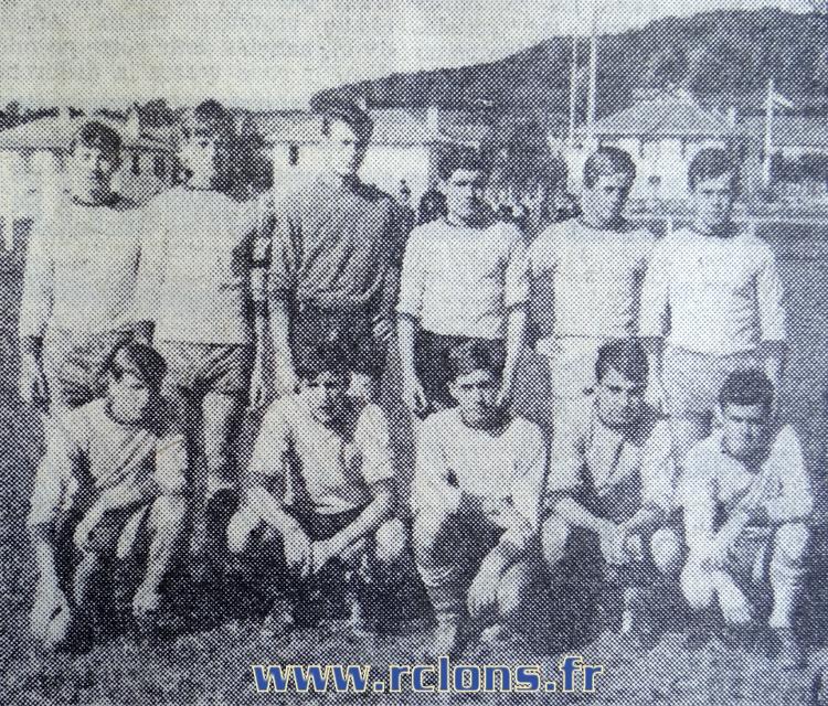 https://www.rclons.fr/wp-content/uploads/2021/05/Juniors-1965-1966.jpg